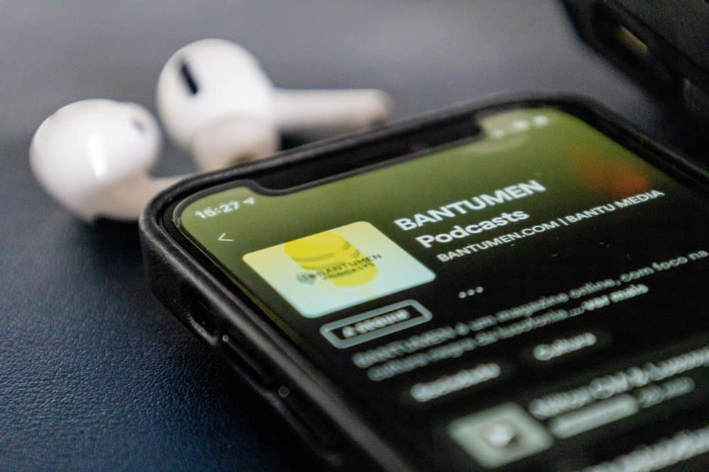 beneficiile podcastingului-1